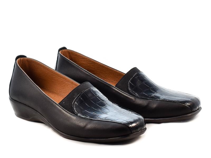 Γυναικεία Δερμάτινα Παπούτσια Με Αερόσολα Υφαντίδης YF141 Μαύρο